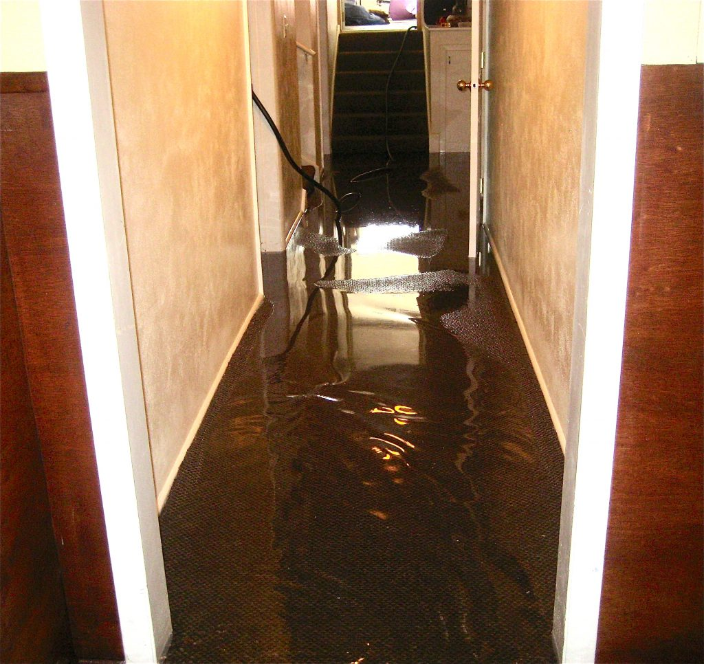 flood damage cleanup tehachapi